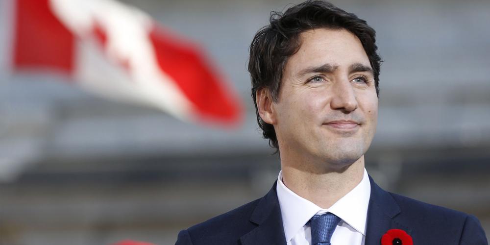 Канадский премьер попал под расследование за катание на вертолете