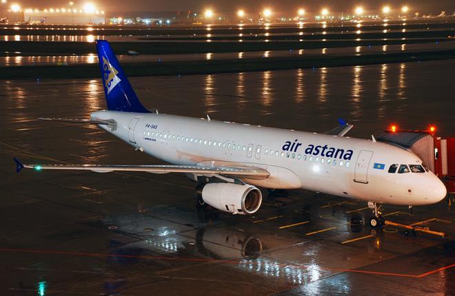 Авиаперевозчики Qazaq Air и Air Astana жалуются на нехватку топлива