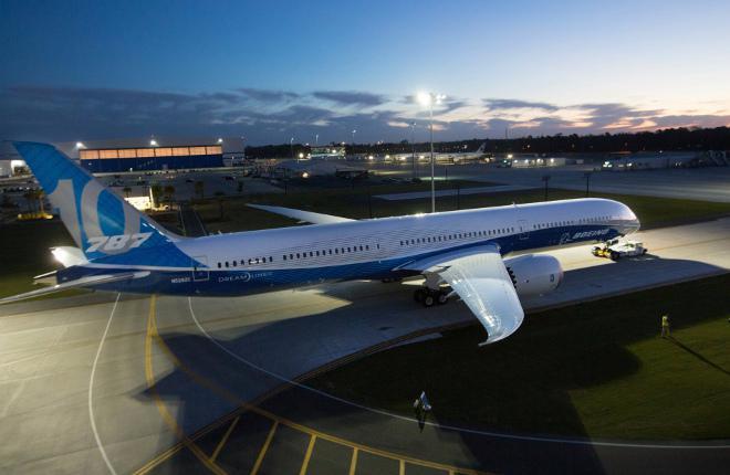 Состоялась премьера широкофюзеляжного лайнера «Boeing 787-10»